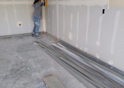 hanging sheetrock in garage